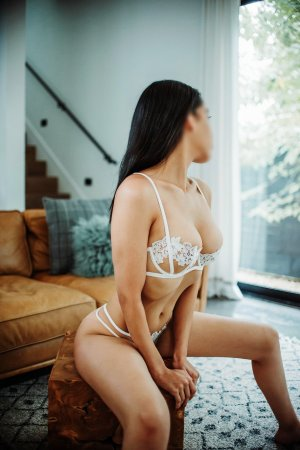 Shimene live escort in Half Moon Bay, CA
